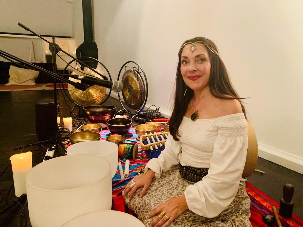 Thérapie, soins chamaniques, concerts Annabelle de Villedieu